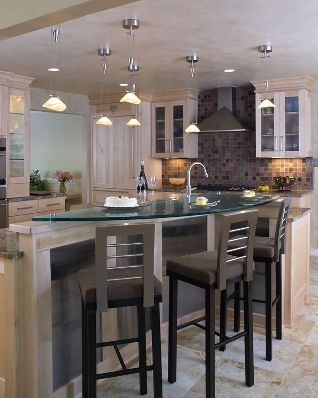 18 Tables & Counter Tops
